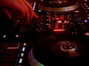 Becoming a DJ, How To Start
